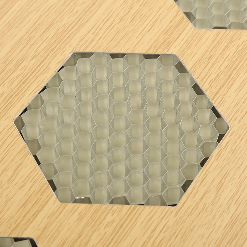 Uses And Characteristics Of The Aluminum Honeycomb Panel